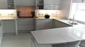 Castelo Quartz Worktop, Upstands, Splashback, Window Board & Recessed Draining Board