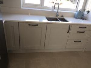 Crystal Ivory Quartz Worktop, Upstands & 1/2 Recessed Draining Board