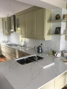 20mm Venatino Quartz Worktop, Wall Cladding & Mitred Gable