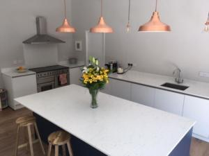 20mm Bianco Venato Quartz Worktops, Upstands & Splashback