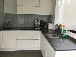20mm Satinet Quartz Worktop