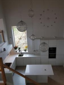 Crystal Ivory Quartz Worktop, Upstands & Window Board