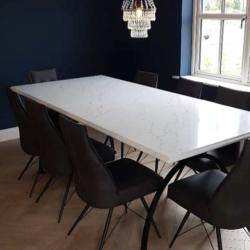 Venatino Quartz Table Top with Ogee Edge Profile